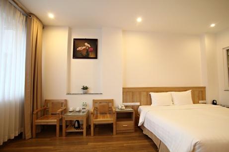 bluehotelroom (8)